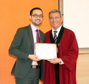 Връчване на диплома 2012
